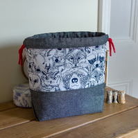 Drawstring project bag made with lovely cotton print featuring woodland animals