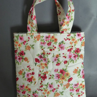 Little Flowery Quilted Bag