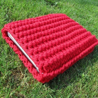 13 inch macbook / laptop crocheted sleeve in red