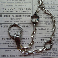 Hand & Ring Necklace