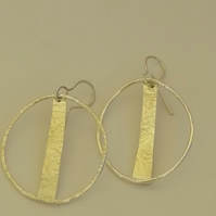 Sterling Silver Wire Hoop Earrings with a Central textured Silver Rod handmade