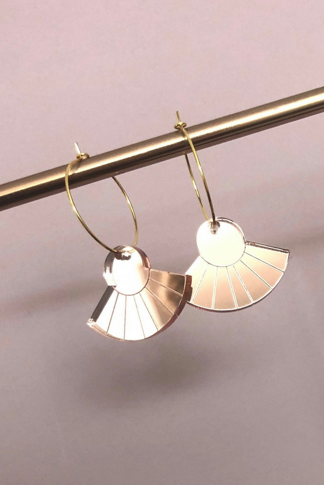 Scallop rose gold mirror acrylic dangly earrings with gold plated hoops