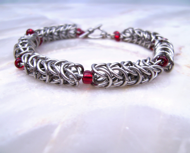 Medieval Dragon Blood Droplet Chainmaille Bracelet