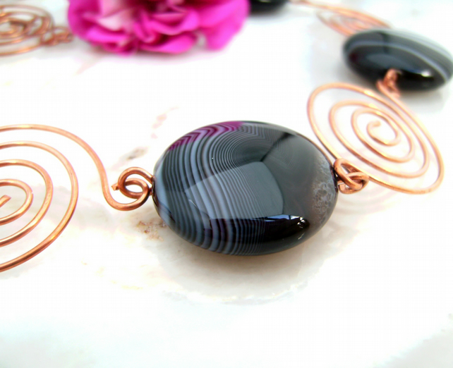 Copper River Stepping Stones Spiral Wire Agate Necklace