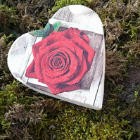 Red Rose Heart Gift Box