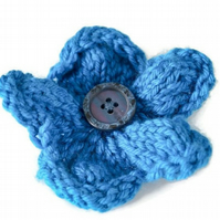 Hand knitted flower brooch pin - Teal