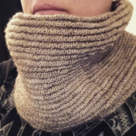 The Ripple Cowl - DIGITAL PATTERN ONLY