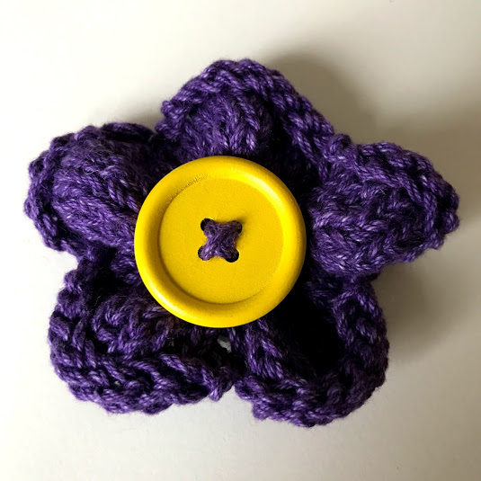 Hand knitted flower brooch pin - Purple
