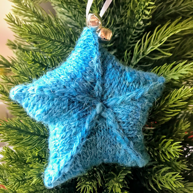 Hand knitted star - Christmas Decorations - Blue