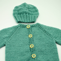 Hand Knitted baby cardigan and hat set in green 0 - 3 months