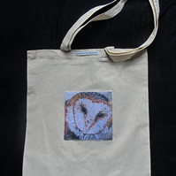 Barn Owl Art Design Pocket Tote Bag