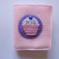 SALE :: Cupcake Felt Needle Book