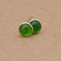 Handmade Green chrome diopside earrings, 4mm