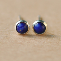 Lapis lazuli earrings, 4 mm small Blue gemstone studs for men or women