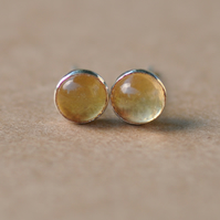 Handmade Citrine and sterling silver earrings, 5 mm