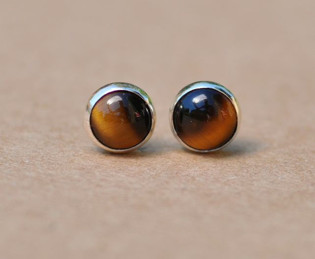 Handmade Tiger's eye and sterling silver earrings, 4 mm