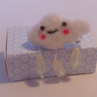NEEDLE FELTED  CLOUD BROOCH