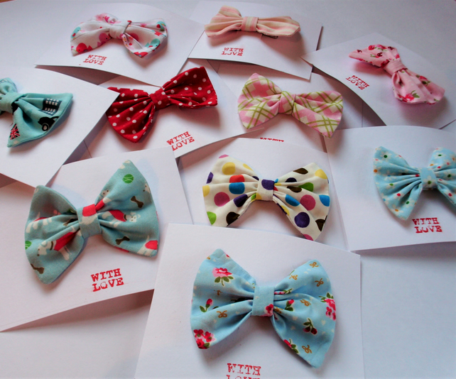Fabric hair bow, hair clips, hair accessories, girls hair bow, cute hair bow.