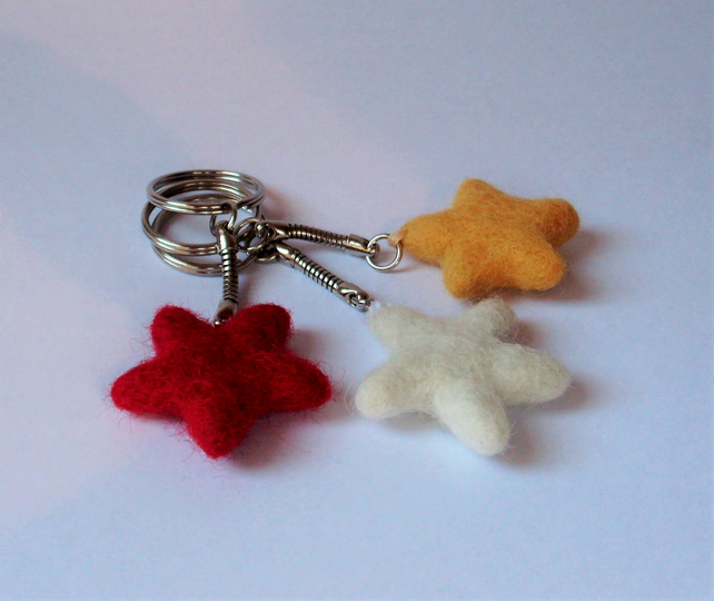 Star key ring,needle felted keyring,needle felting