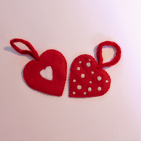 Red felt love hearts,pair of heart envelopes,valentines gift,