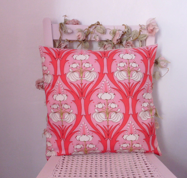 Lily cushion, pillow, decorative cushion cover, floral cushion