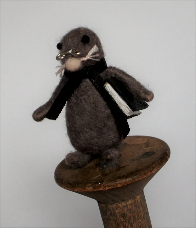 Needle felt mole,needle felted ornaments,cute animals,nursery decor,felt mole
