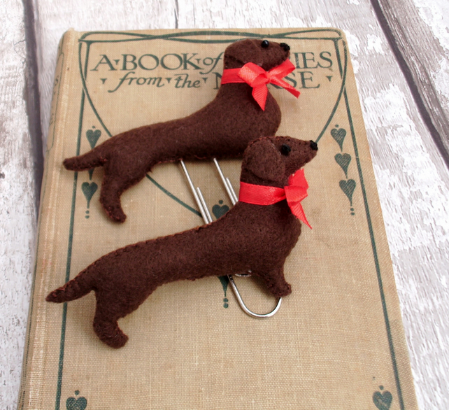 Felt dog planner clip and brooch set,felt brooch,planner accessories,sausage dog