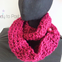 Infinity Scarf with pink bead closure, Vegan Scarf, Ready to Post, fuschia