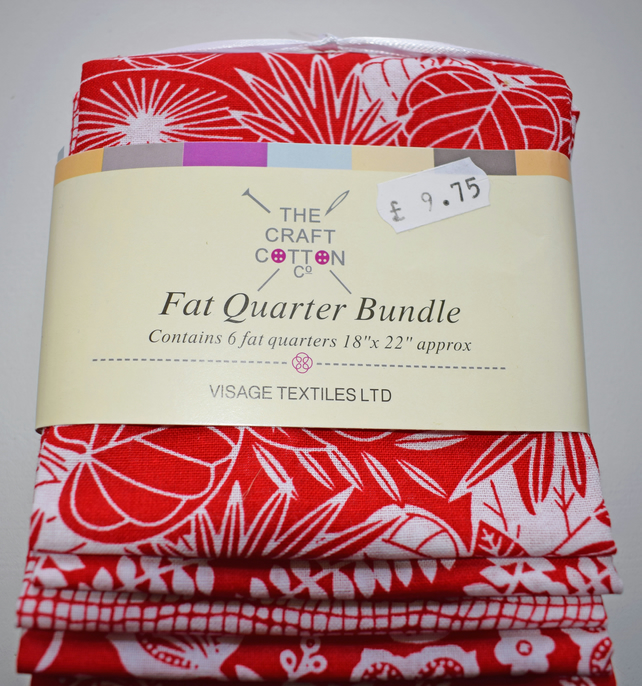 Red Batik fat Quarter Bundle, Red floral fat quarters