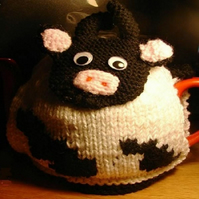 Cow Tea Cosy Knitting Pattern for 3 sizes of Cosy in Double Knit Yarns