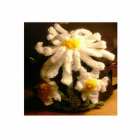Daisy Flower Tea Cosy Knitting Pattern for 3 sizes cosy in Double Knit Yarn