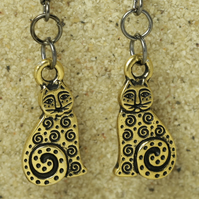 Antique Gold Cat Earrings
