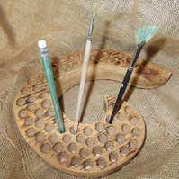 Large Artists wooden brush holder