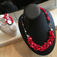 Red Shell Pearl and Haematite Necklace and Bracelet Set