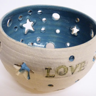 Love t light Holder or planter, turquoise.