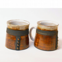 "Mugs Pair of ""Four dot"" Ceramic."