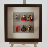 DC Comics Justice League mini Figures frame
