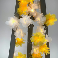 20 chiffon flower Fairy Lights in yellow and white.