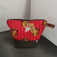 Set of 3 Harrypotter Gryffindor Themed Project bags.
