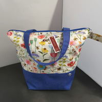 Large Cottage Garden Theme project bags.
