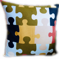 Cushion, Jigsaw design Throw Pillow