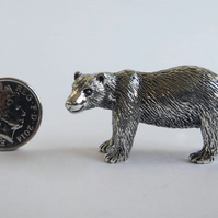 Polar bear mother figurine in silver