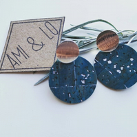 Cork leather earrings. Drop circle, silver tone.