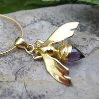 Amethyst necklace.Gold necklace.Gemstone necklace.Bee jewellery.Animal jewellery