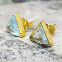 BLUE TOPAZ CZ. Gold Stud Earrings. InkaCreations. Arrow. Wedding Anniversary.