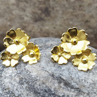 Gold Earrings. STUD earrings. Flower. Gold Plated. Sterling Silver.