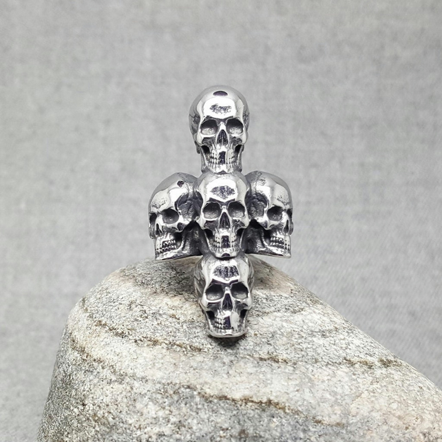 Skull Ring. Gothic. Punk Rock. Steel Jewellery. Gift for Men and Women