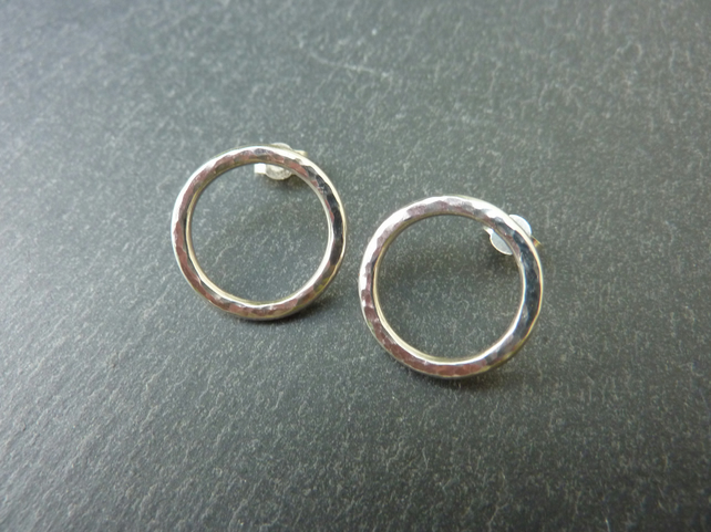 Silver Circles Stud Earrings - Large