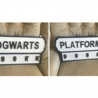 Vintage road sign style wooden Harry Potter coat hanger with 5 hooks, 3 designs
