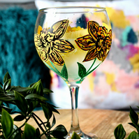 Hand Painted Daffodil Gin Bulb Glass